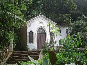Vista da frente da Capela (